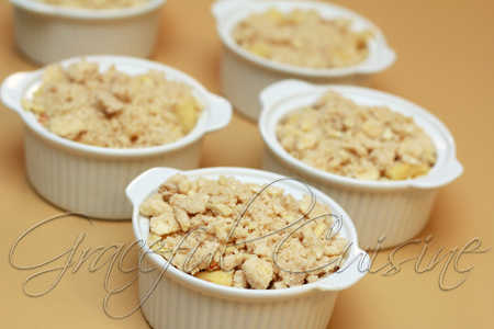 Apple crumble on top