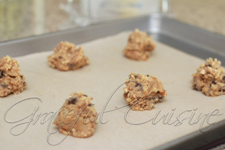 heaping teaspoonfuls onto baking sheet
