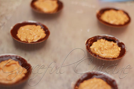 put wowbutter in chocolate cups