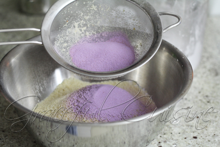 sift taro powder