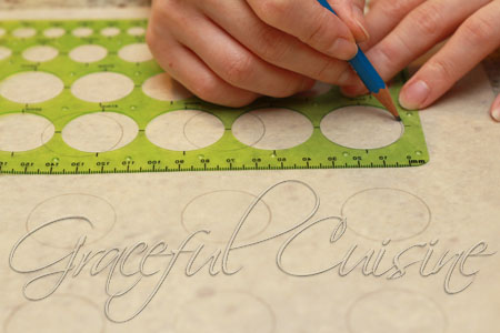 draw circles on parchment for macarons