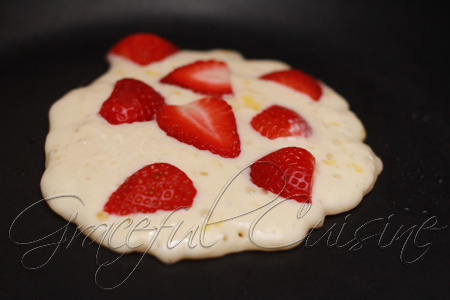strawberry buttermilk pancakes recipe