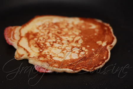 strawberry pancakes recipe